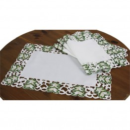 "Xia Home Fashions Tannenbaum 12"""" x 18"""" Placemat (Set of 4)"