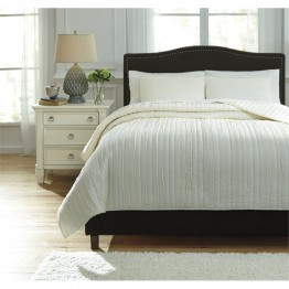 Ashley Solsta King Coverlet Set in Ivory