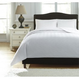 Ashley Aldis King Coverlet Set in White