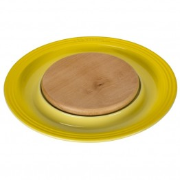 "Le Creuset 15"""" Round Platter with Cutting Board in Soleil"